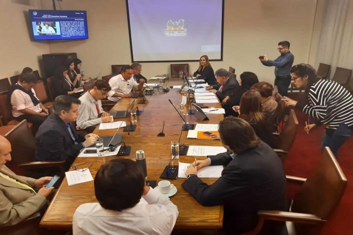 Equipo de Vinculación con el Medio UCSH se suma a proyecto de ley de reconocimiento del Pueblo Selk'nam